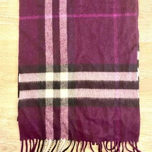 AUTHENTIC Burberry check cashmere scarf in purple